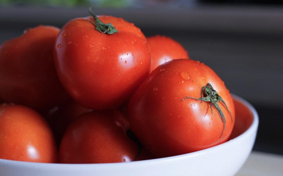 el umami está presente en los tomates maduros